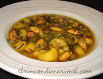 Sopa minestrone con mejillones  Minestrone-mejillones-6